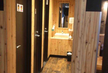 鳥貴族 岐阜羽島店 前室